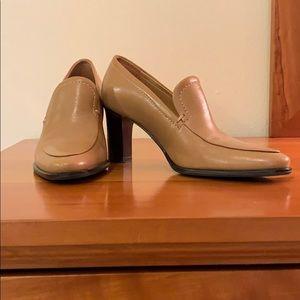 Franco Sarto camel color heels. Worn 2x. Classic.